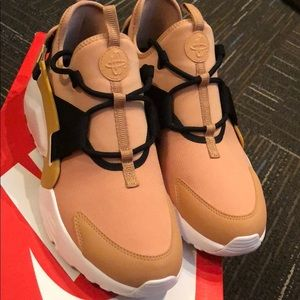 Like new! Nike Air Huarache